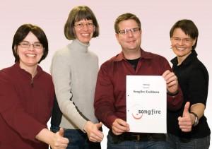 Der neu gewählte Vorstand von links nach rechts: Manuela Sauerbier (Kassiererin), Dr. Sigrid Benfer (2. Vorsitzende), Christoph Köllner (Schriftführer), Petra Ruppel (1. Vorsitzende)