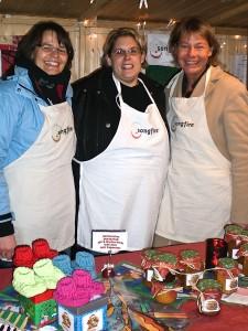 Strahlende Gesichter kurz vor Weihnachtsmarktende